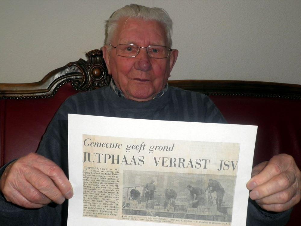 Anno 1966: JSV bouwt eigen clubhuis
